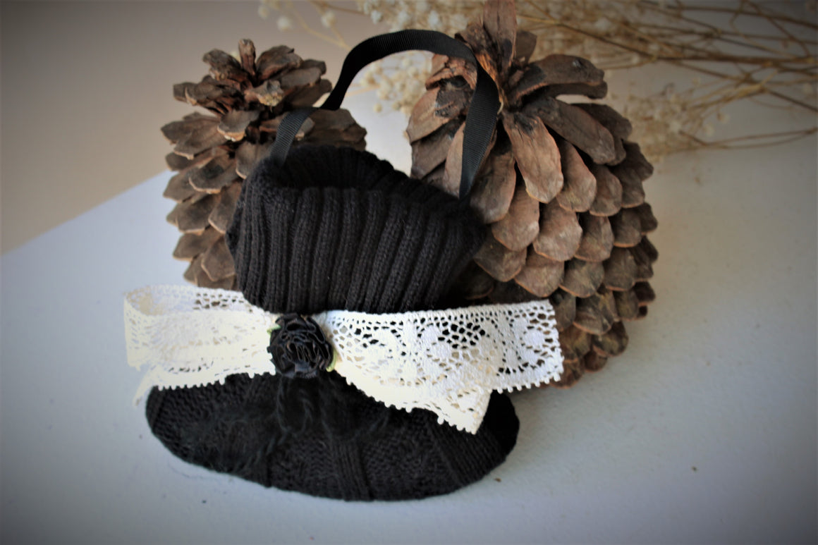 Small Black Knitted Lavender Filled Hanging Sachet