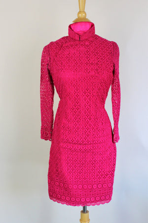 Vintage 1960s Raspberry Pink Crochet Lace Cheongsam Dress