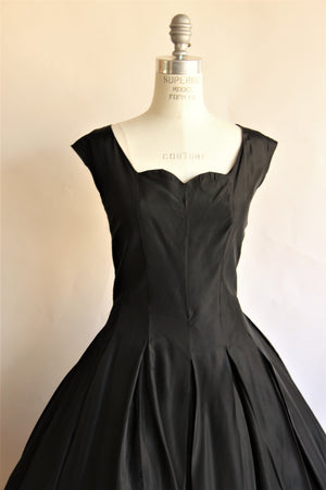 Vintage 1950s Black Full Circle Skirt Dress