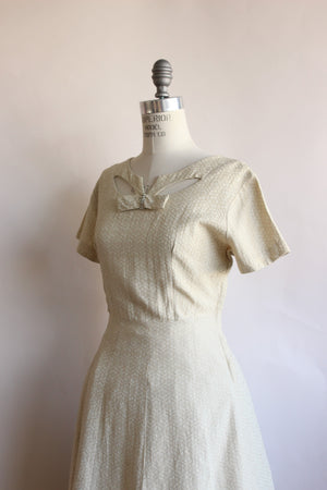 Vintage 1940s Embroidered Ivory Dress With Bow
