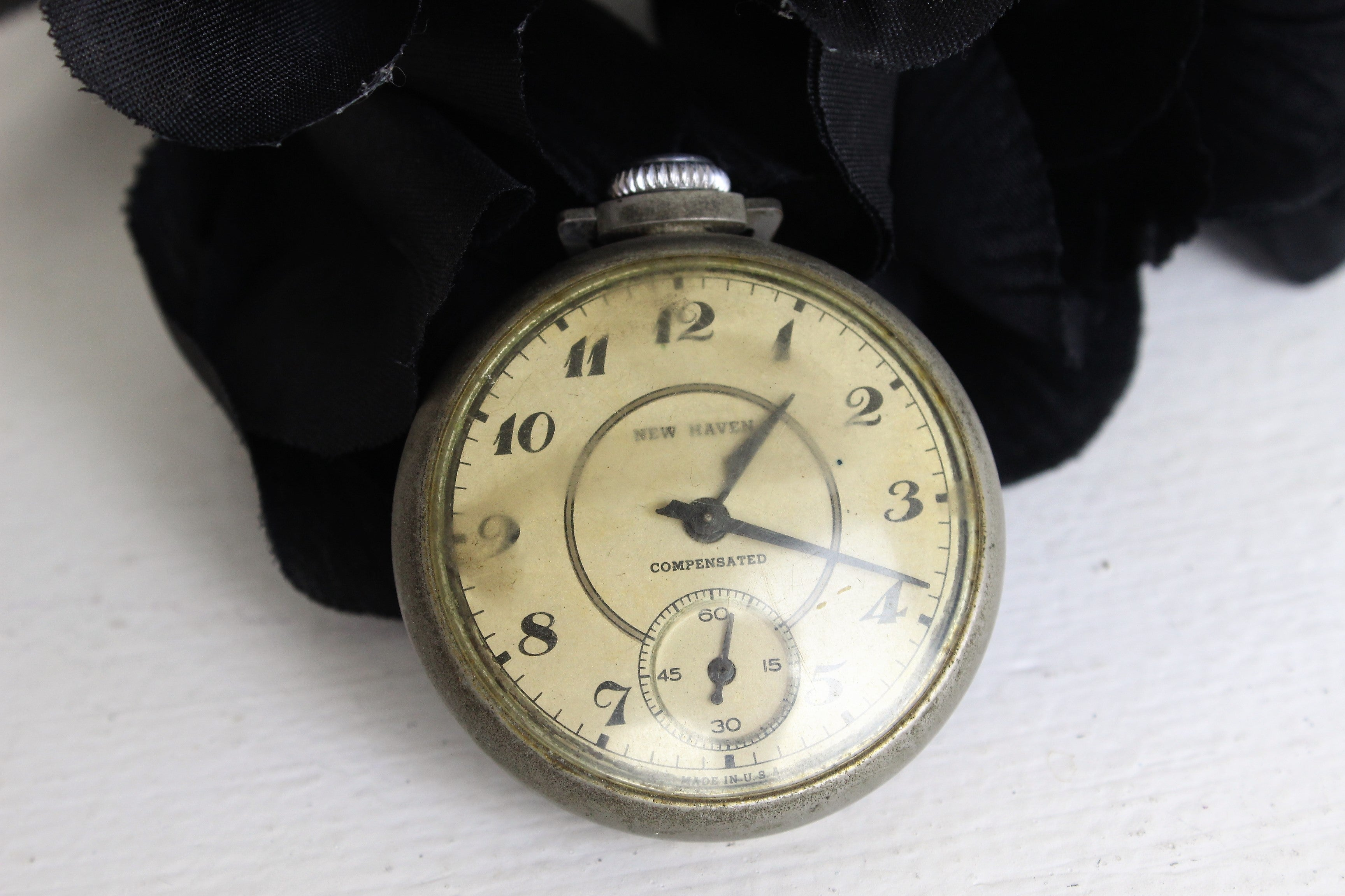 Vintage Antique 1920s Working Men's New Haven Compensated Pocket Watch