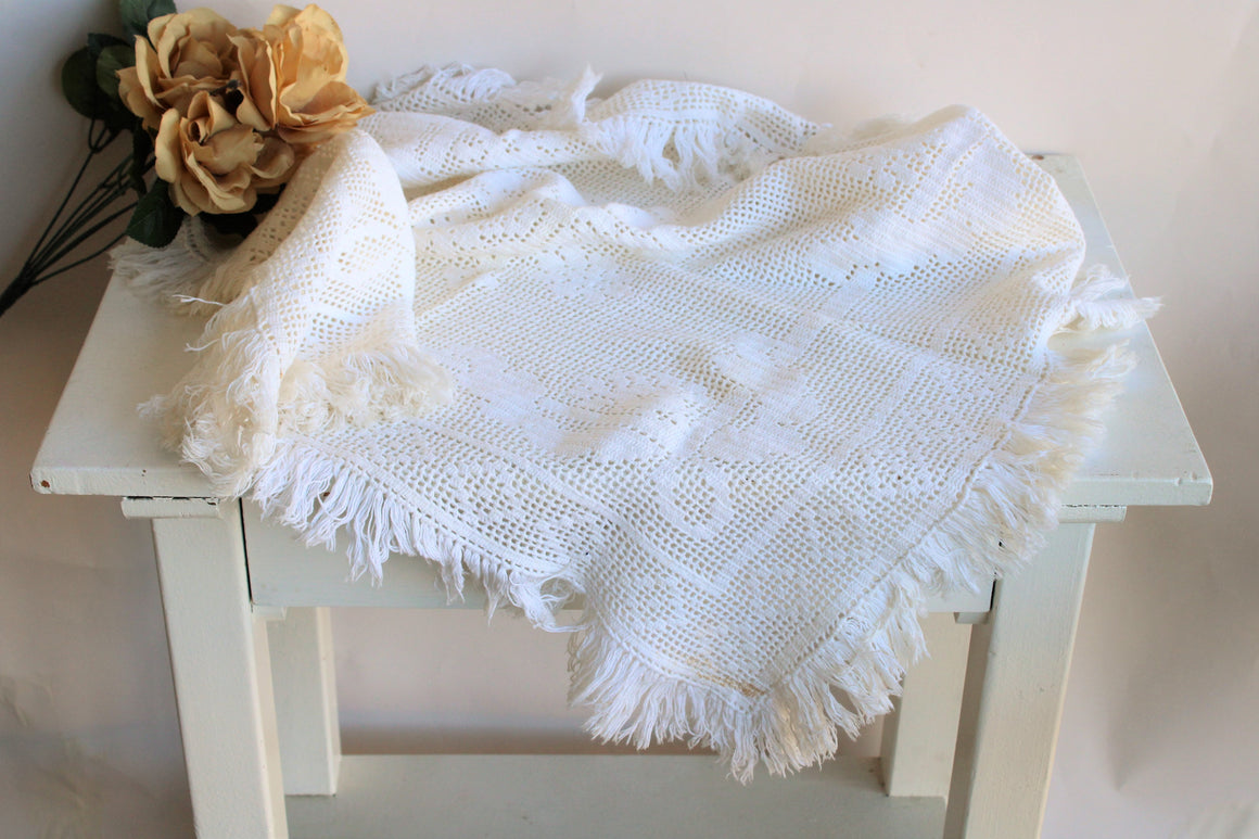 Vintage 1960s Ivory Fringed Tablecloth