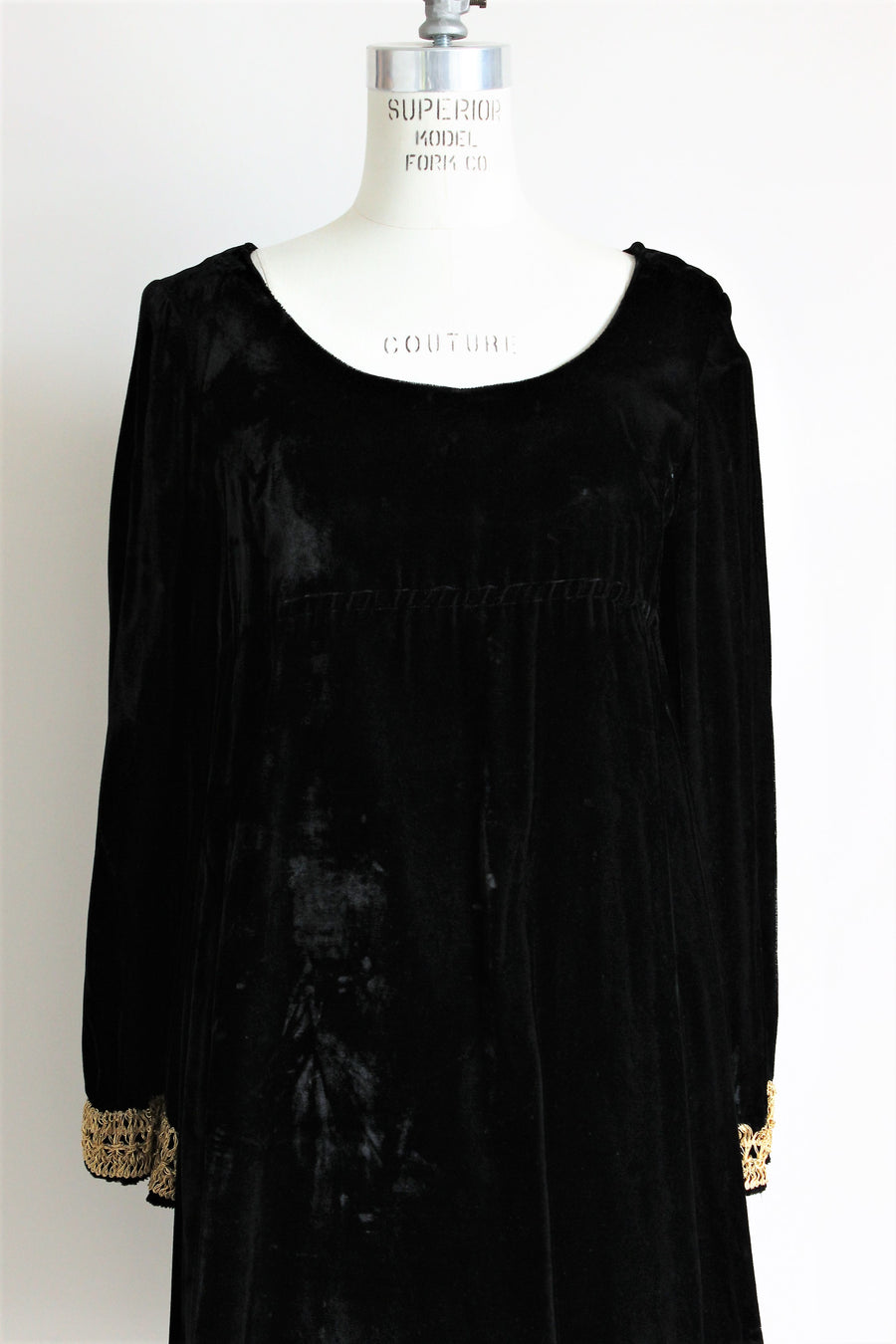 Vintage 1960s Black Velvet Mod Dress