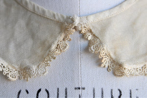 Vintage 1920s 1930s Ivory Lace Collar