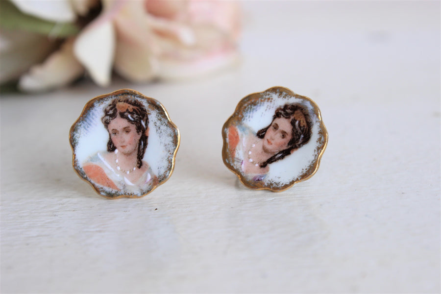 Vintage 1940s Limoges Porcelain Cameo-like Earrings