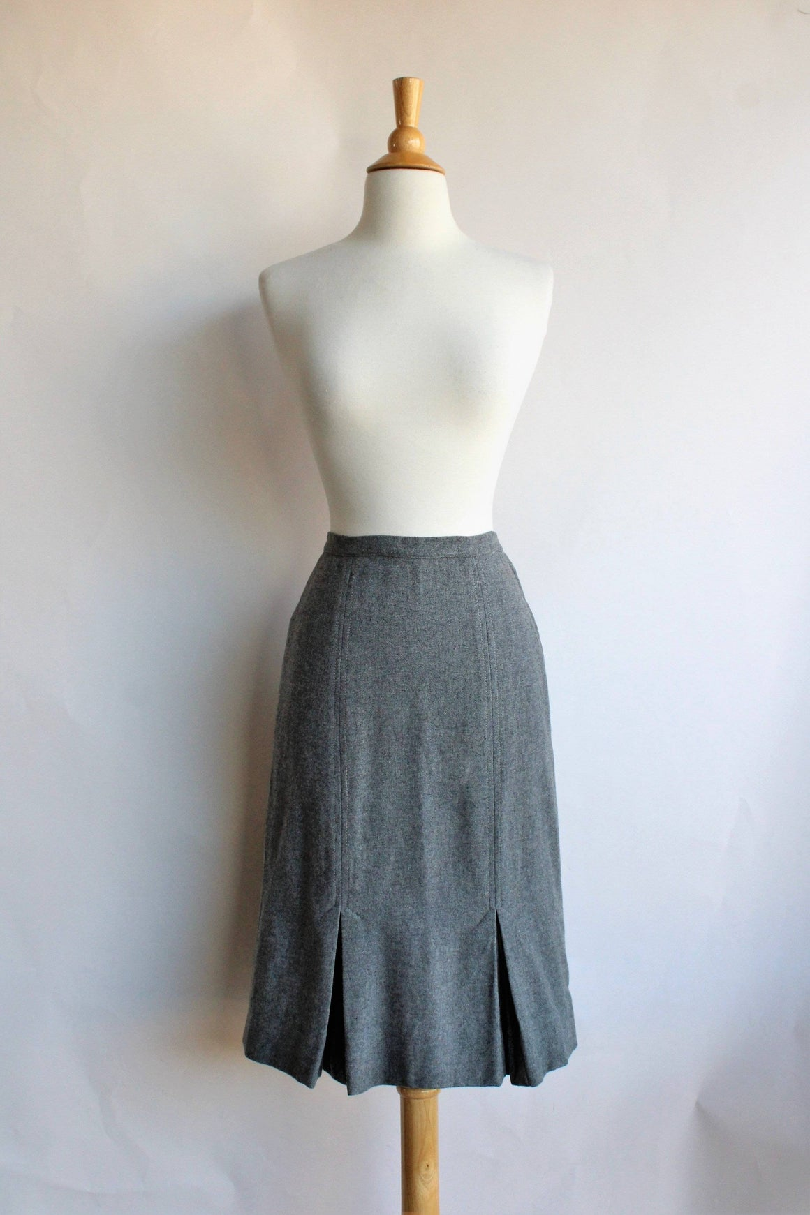 Vintage 1950s Grey Wool Skirt by Century of Boston