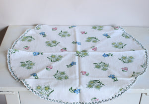 Vintage 1980s Small Round Floral Print Tablecloth
