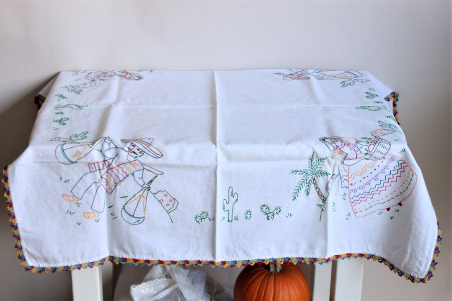 Vintage 1950s Mexican Souvenir Tablecloth