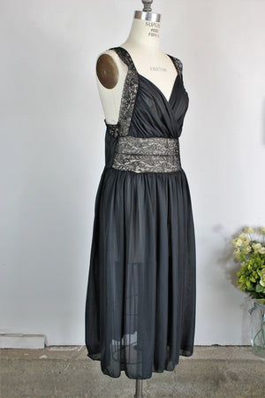 Vintage 1960s Black Full Slip