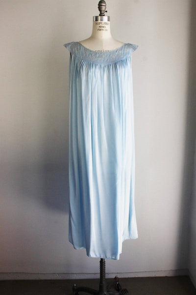 Vintage 1960s Blue Nightgown