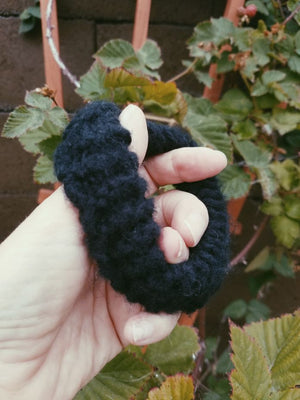 Black Hand Knit Hair Tie Scrunchie