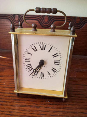 Vintage 1980s Quartz Mantel Clock
