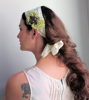The Mossy Bee Lace Headband