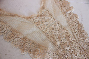 Vintage Victorian Edwardian Silk Lace Collar Set