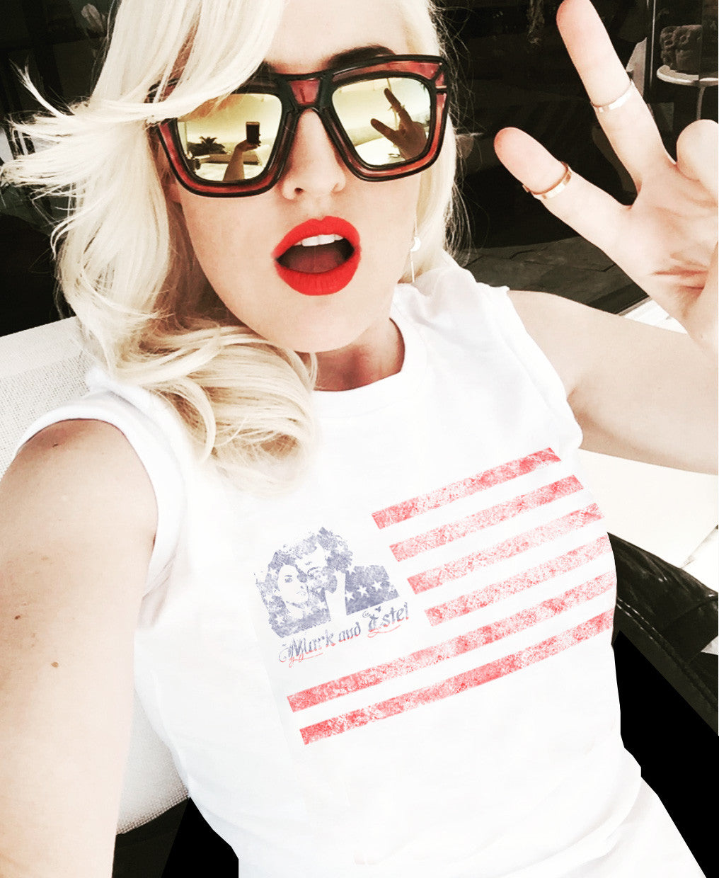 MARK AND ESTEL DISTRESSED AMERICAN FLAG LOGO TEE