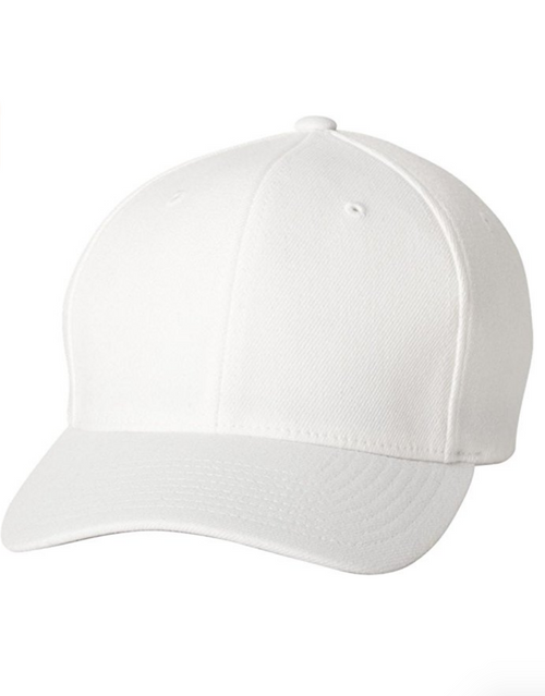 White Workout Hat to Wear With Your White Sneakers