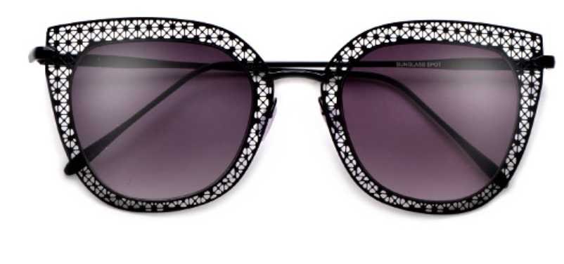 The Viceroy Sunnies in Black