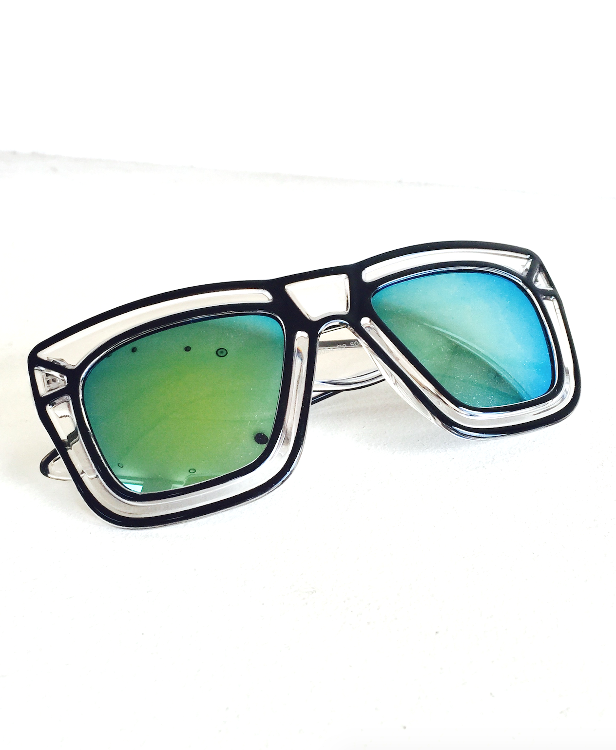Pop Art Shades with Mirror Turquoise Green Lenses