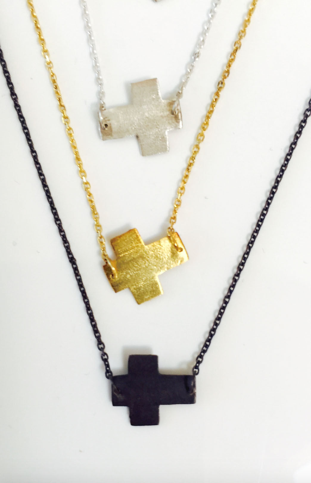 Rossmore Cross Necklace Outfit- 3 each