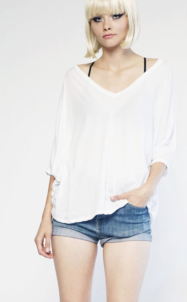 Mark and Estel Skinny Kimono Short Thin Black or White Small