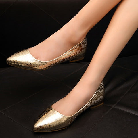 Womens Fashionable Textured Pointy Flats