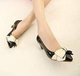 Womens Trendy Popular Low Heels