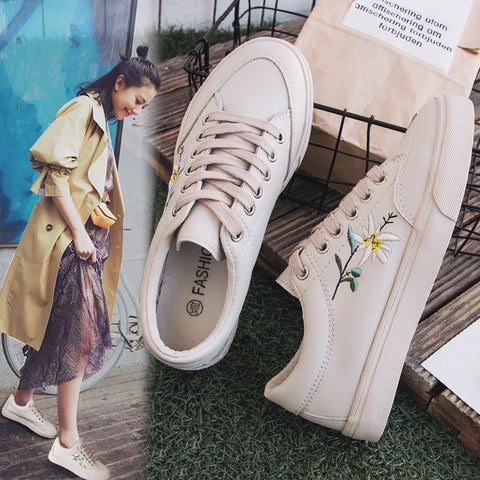 Womens Spring Embroidery Flower Chic Casual Sneakers Leather Shoes