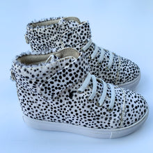 Brooklyn Snow Leopard (SECOND, Size 26)