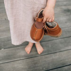 tan unisex kids leather sandals