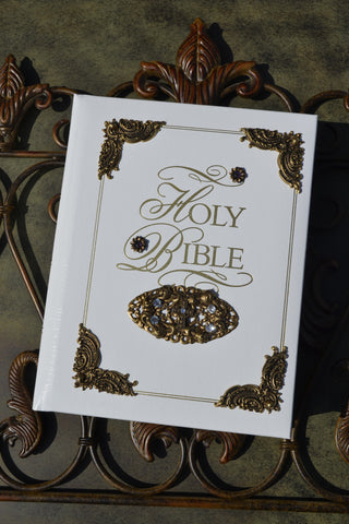 Amethyst KJV Family Faith & Values Large Print Family Bible-White