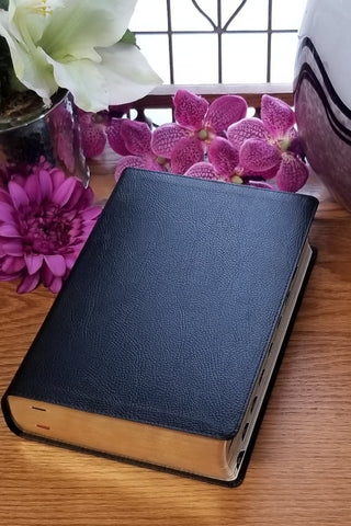 NKJV Study Bible Black Bonded Leather