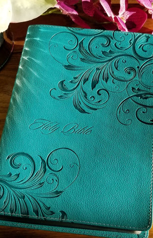 NIV Women's Devotional Bible, Large Print, Turquoise LeatherSoft