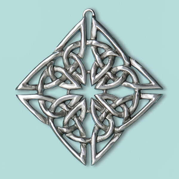 Celtic Knot Diamond