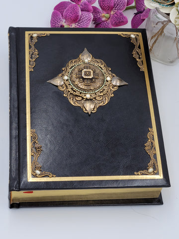 Jeweled Deluxe Large Print Family Heirloom Bible - Black RSV Catholic Limited Quantities