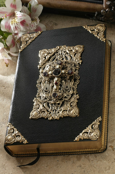Garnet and Pearl Family Heirloom Bible-Large Print KJV