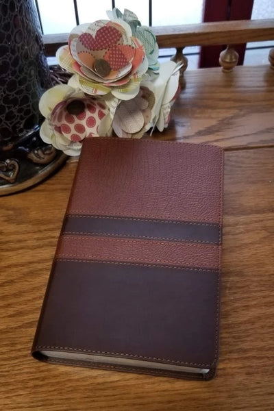Mens Devotional Compact Bible- Walnut/Espresso- NIV