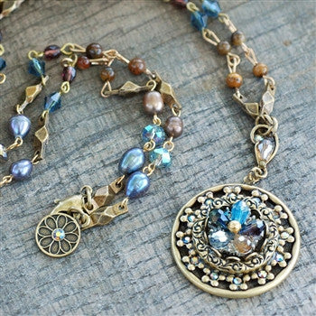 Ocean Medallion Flower Necklace