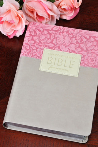 NLT Everyday Matters Devotional Bible for Women ROSE/KHAKI