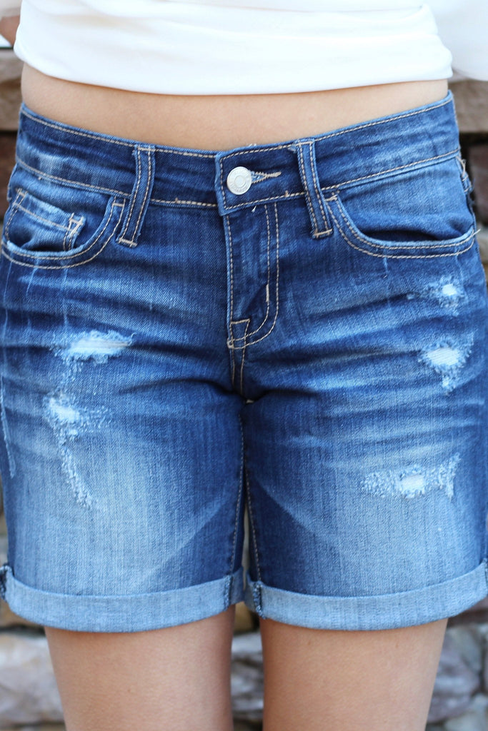womens-distressed-shorts-jean