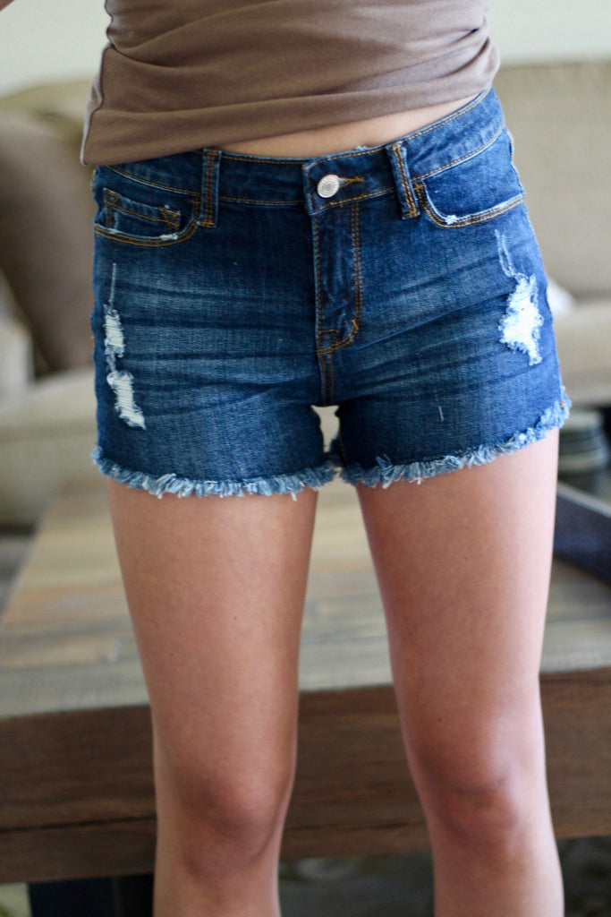 womens-distressed-shorts