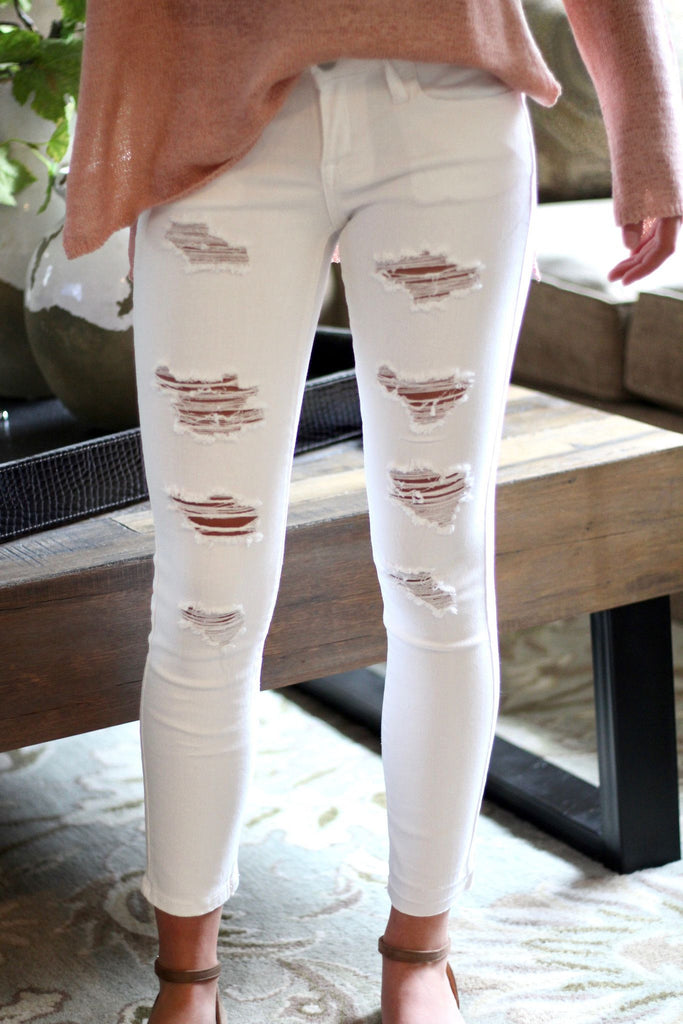 destroyed-white-jeans-for-women