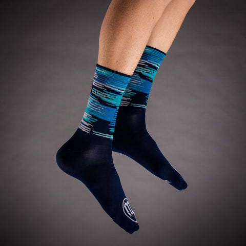 Network Wave Socks