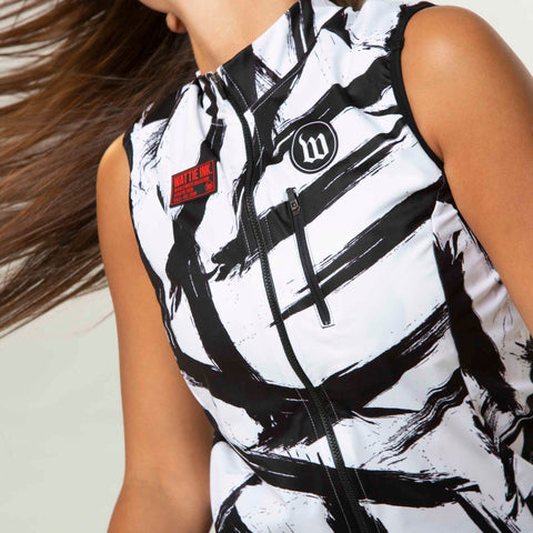 Black + White Collection Double Threat Women's Vest - Bolt