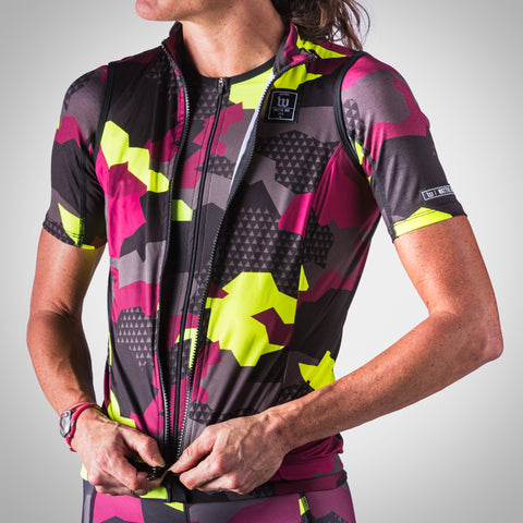 Women's Urban Assault Aero Wind Vest - Maroon/Flo Yellow