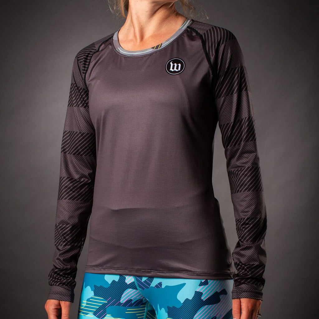 Women's Recon Long Sleeve Run Shirt  - Charcoal