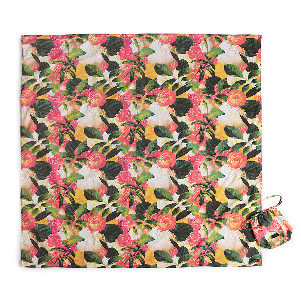 kate spade new york picnic blanket - floral - lifeguard-press