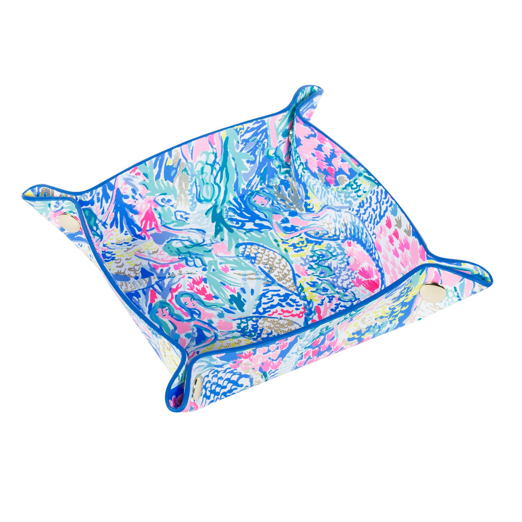 Lilly Pulitzer leatherette valet, mermaids cove