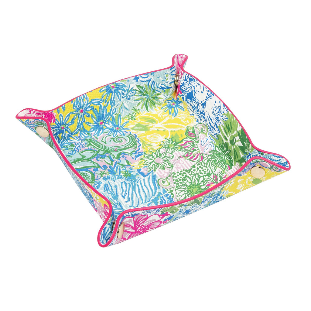 Lilly Pulitzer Valet, Cheek To Cheek