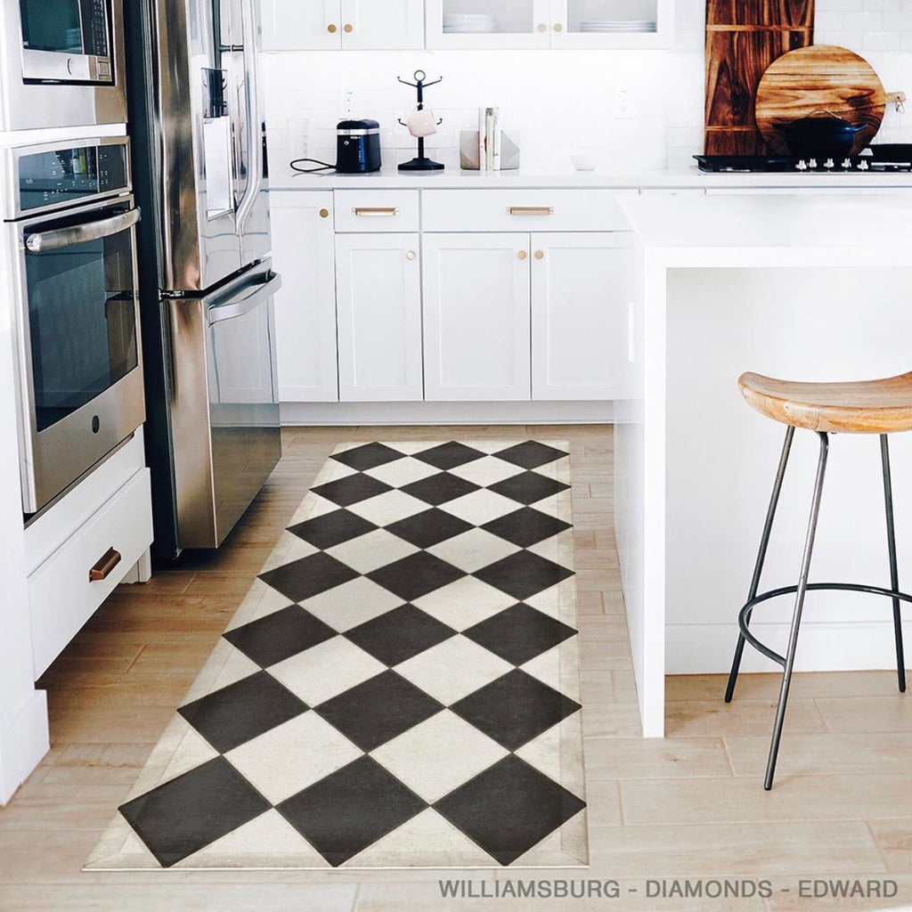 "Traditional Williamsburg Diamonds ""Edward"" Vinyl Floorcloth"