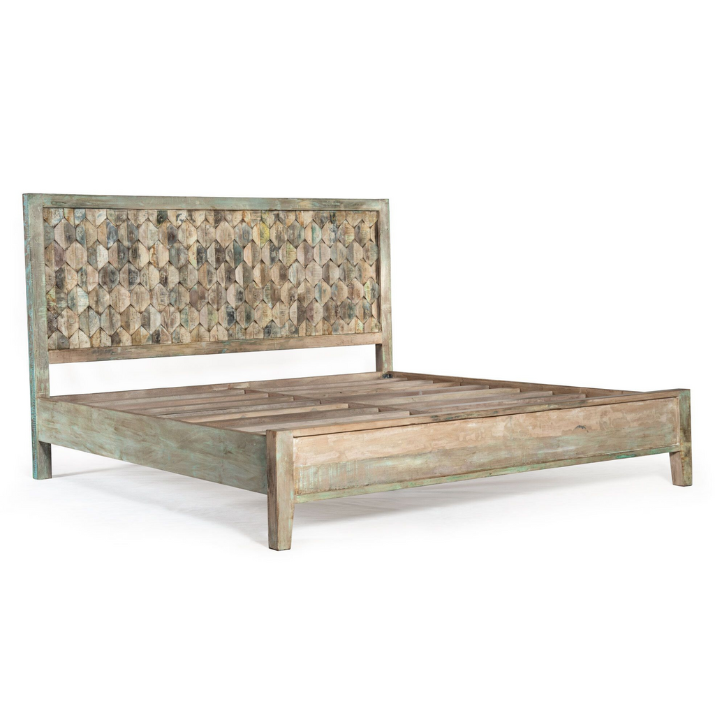 Wildwood Carved Bed